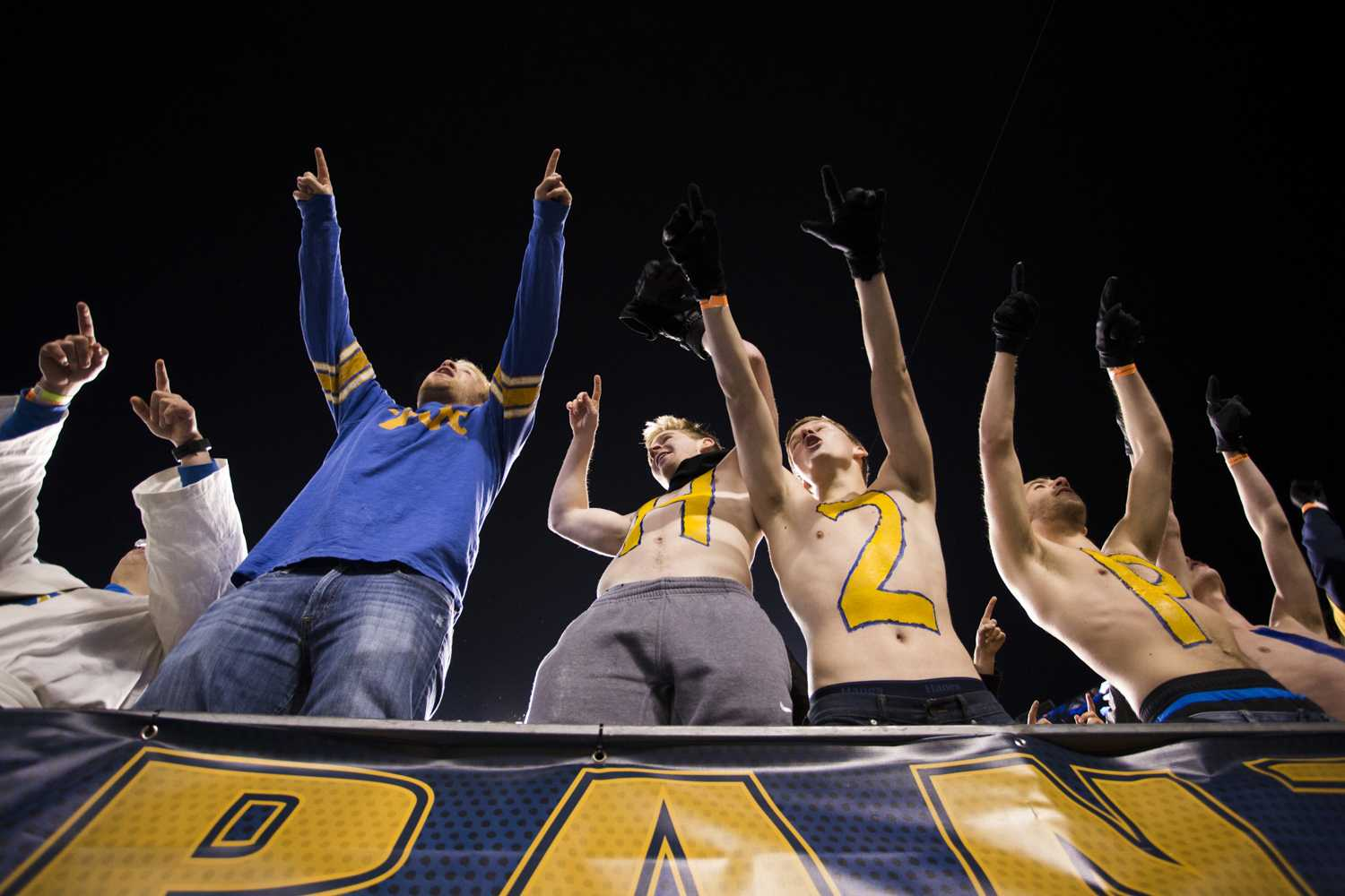 Panther Pitt fans cheer for Pitt at a home game against UNC in November 2017. (TPN file photo)