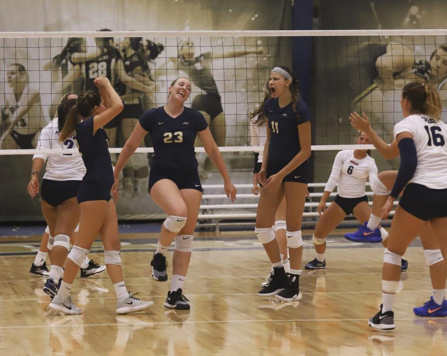 The+Panthers+defeated+Pepperdine+3-0+on+Saturday%2C+Aug.+25.+%28Photo+by+Kaycee+Orwig+%7C+Staff+Photographer%29