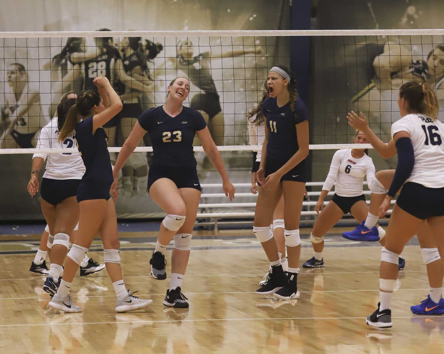 The Panthers defeated Pepperdine 3-0 on Saturday, Aug. 25. (Photo by Kaycee Orwig | Staff Photographer)