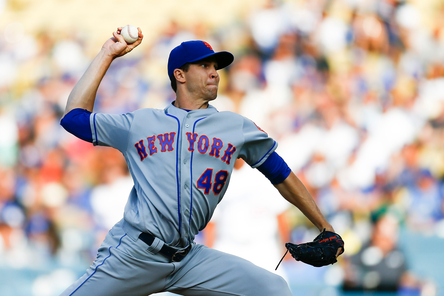 New York Mets starting pitcher Jacob deGrom (48) pitches against the Los Angeles Dodgers during a Major League Baseball game at Dodger Stadium on Sept. 3 in Los Angeles. (Kent Nishimura/Los Angeles Times/TNS)