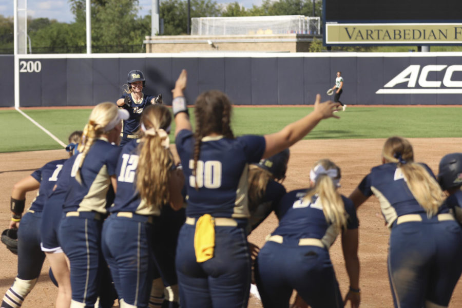 Pitt+softball+began+its+season+Sunday+afternoon+with+8-1+and+5-3+victories+in+a+doubleheader+against+Slippery+Rock.