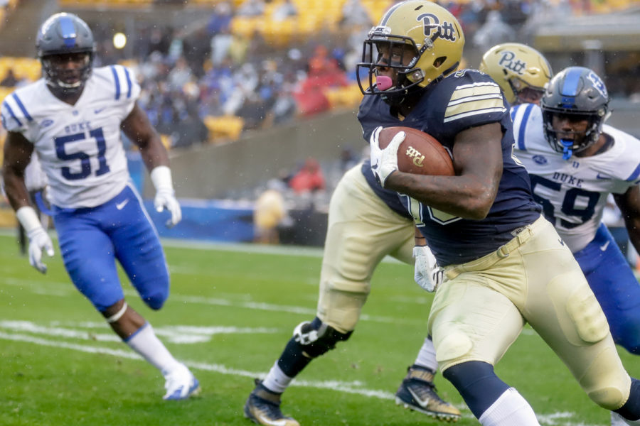 Senior+running+back+Qadree+Ollison+%2830%29+carries+the+ball+at+Pitt%E2%80%99s+54-45+victory+over+Duke+on+Saturday.+%0A%0A