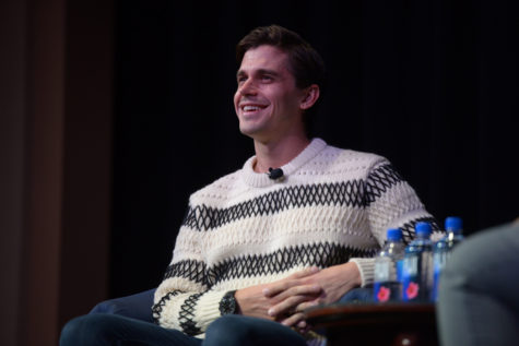 'Queer Eye' star Antoni Porowski speaks to sold-out audience on campus
