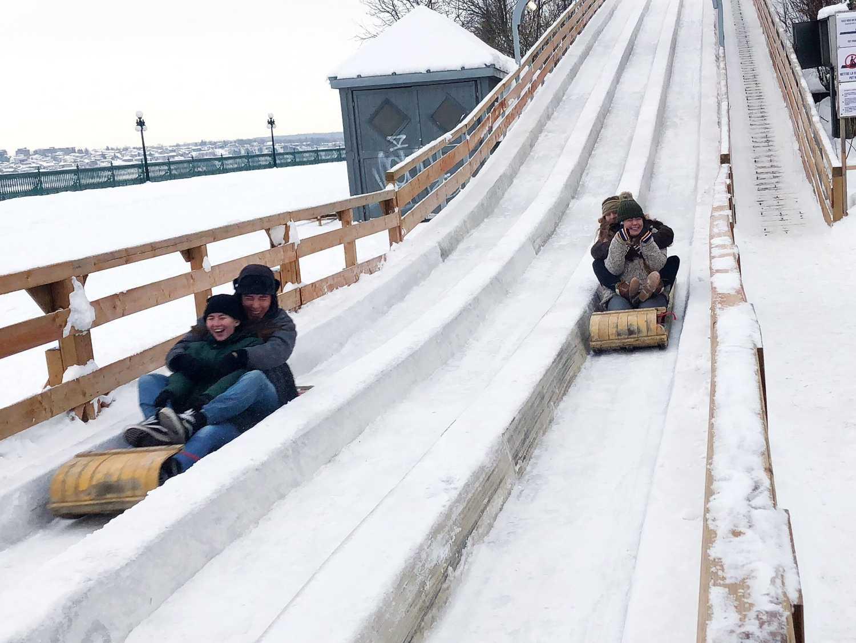 Toboggan Slide Au 1884 in Quebec City.