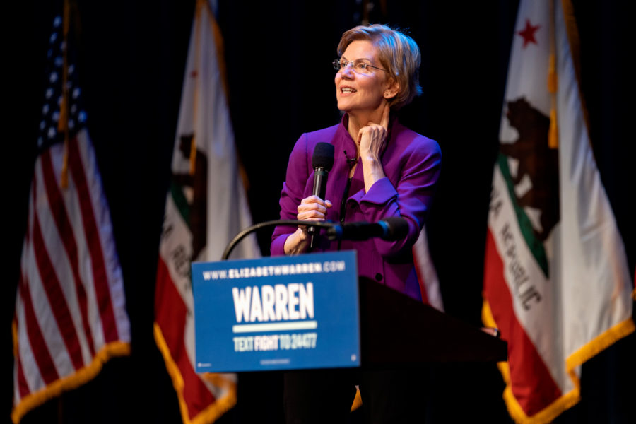 Presidential+candidate+Sen.+Elizabeth+Warren%2C+D-Mass.%2C+speaks+at+a+campaign+rally+in+Glendale%2C+California%2C+on+Feb.+18.+Warren+is+running+for+the+2020+Democratic+nomination+for+president.+%0A
