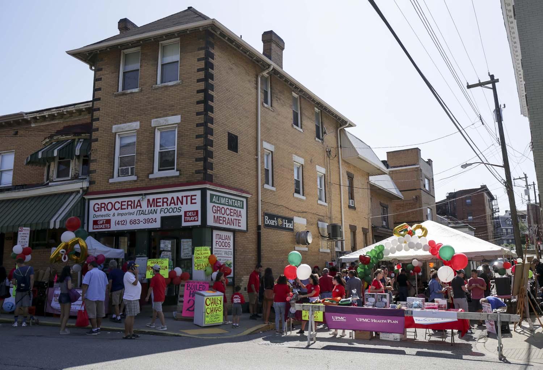 The Groceria Merante celebrated its 40th anniversary on Saturday.