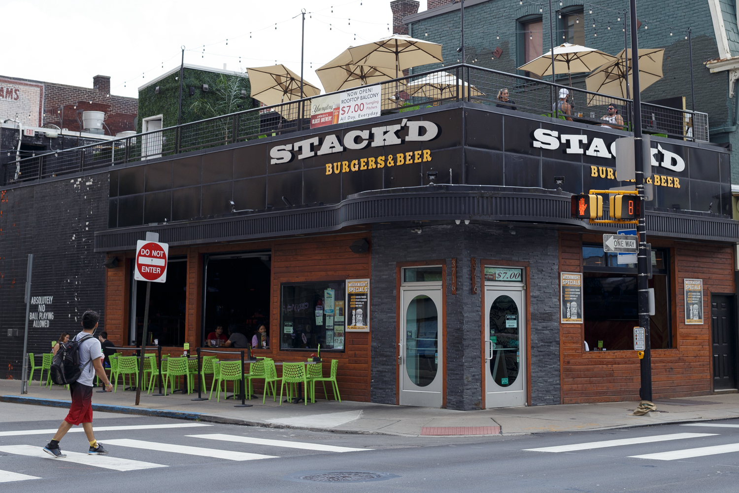Stack'd restaurant on Forbes Avenue.