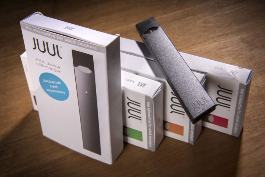 Juul+is+a+popular+e-cigarette+brand.+%0A