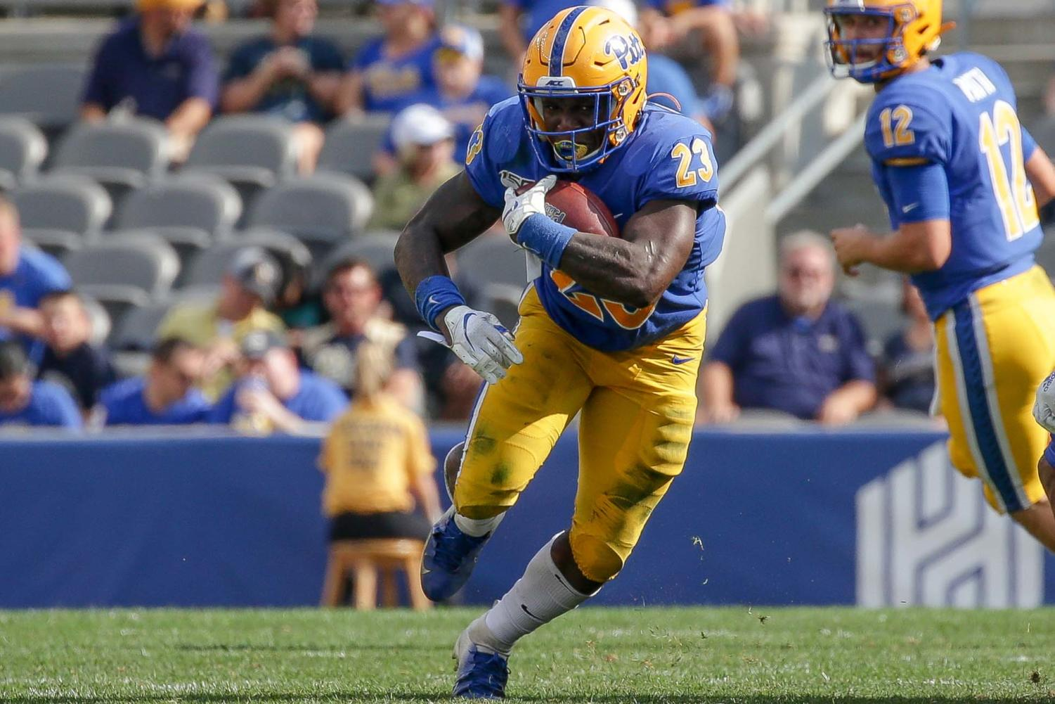Redshirt sophomore Todd Sibley Jr. put up 106 yards rushing against Delaware on Saturday, making him the first Pitt halfback to break the century mark on a game this season.