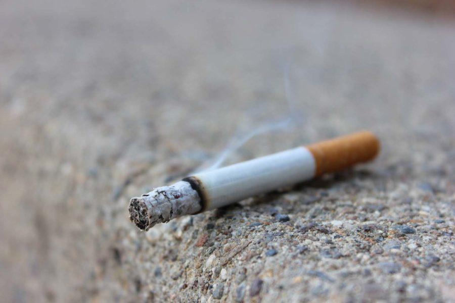 Pitt is considering banning smoking on University property. 9Image via Flickr//Lindsay Fox)