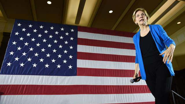 Democratic+presidential+candidate+Sen.+Elizabeth+Warren%2C+D-Mass.%2C+plans+to+institute+a+tax+on+%E2%80%9Cexcessive+lobbying%2C%E2%80%9D+in+an+attempt+to+limit+impacts+on+decision+makers+by+lobbying+organizations.+