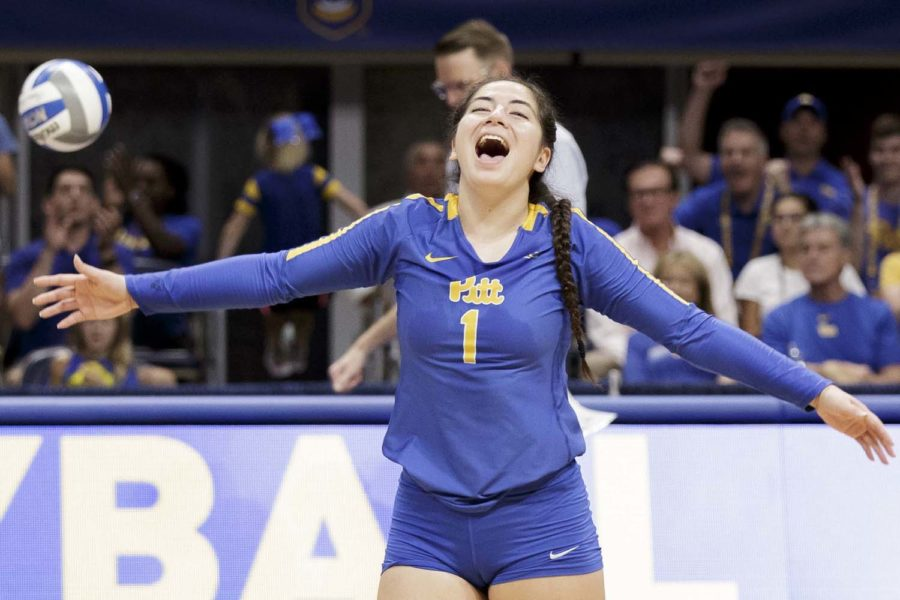 First-year setter Lexis Akeo (1) received her fifth ACC Freshman of the Week honor on Monday.