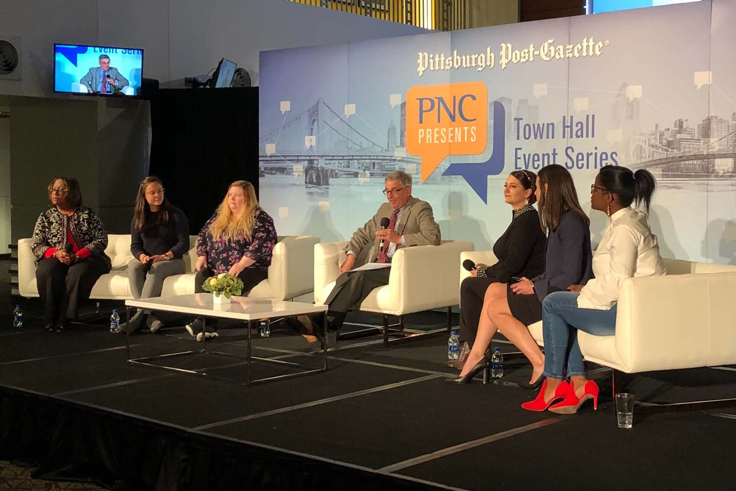 """David Shribman, moderator at """"PNC Presents Mental Health: Helping Our Kids Find the Light,"""" leads the panel's discussion on rising rates of depression in youth populations across the nation."""