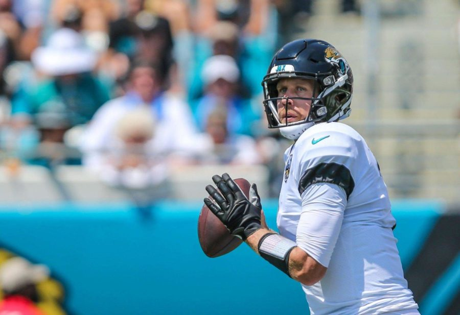 Jacksonville+Jaguars+quarterback+Nick+Foles+%287%29+looks+for+a+receiver+during+his+opening+drive+Sunday%2C+Sept.+8.+