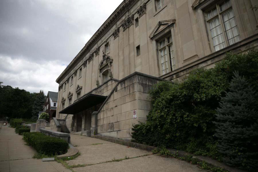 Pitt may buy historic Twentieth Century Club