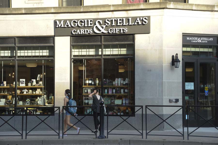 Maggie+and+Stella%E2%80%99s+should+run+a+Super+Bowl+commercial+even+though+nobody+asked+them+to.+