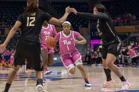 First-year guard Dayshanette Harris finished with a team-high 17 points in the game.