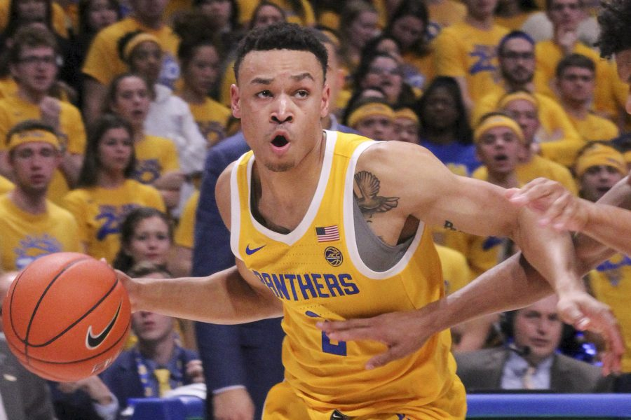 Sophomore guard Trey McGowens decided to transfer from Pitt.
