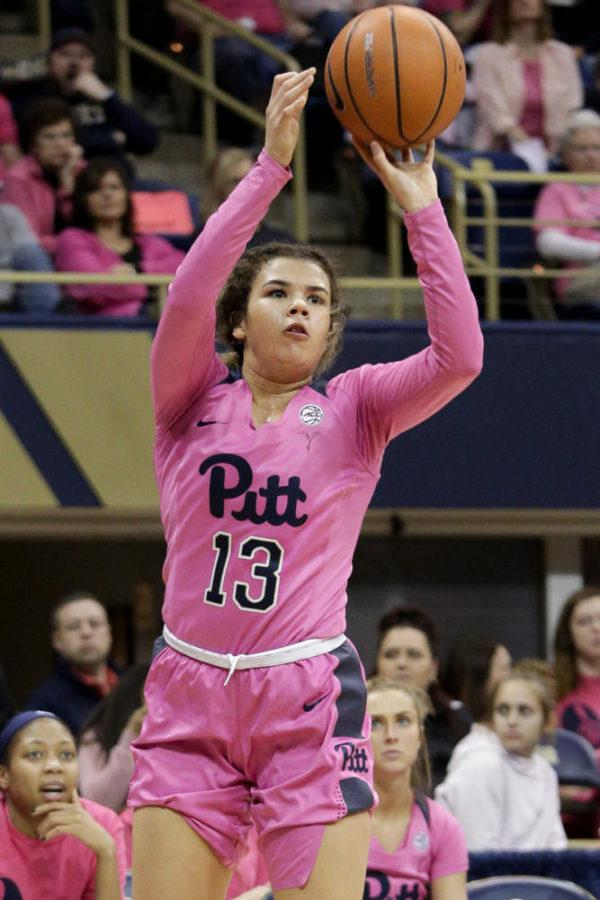 Kyla Nelson announced that she will be transferring out of Pitt on Twitter around 6 p.m. Thursday night.