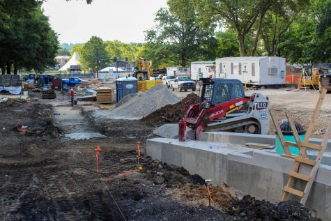 The construction project on Bigelow Boulevard, originally scheduled to finish in August, is now scheduled to be completed in October.