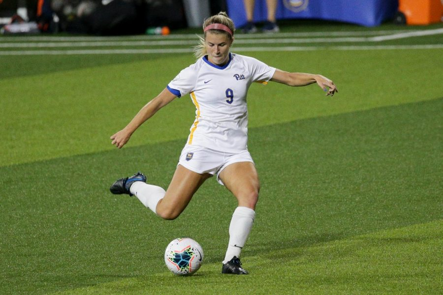 Sophomore forward Amanda West (09) scored the only goal during Pitt's 1-0 victory over Navy on Sunday.