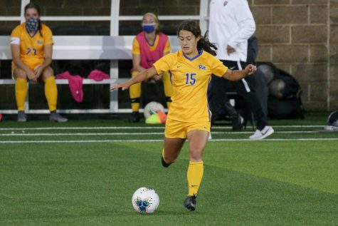First-year midfielder Chloe Minas.