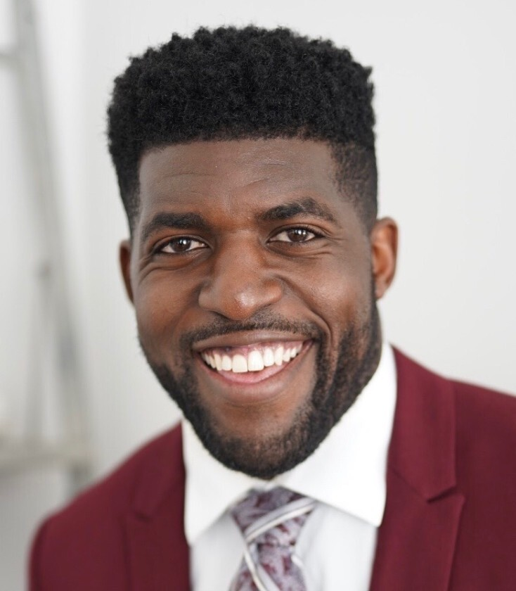 "Emmanuel Acho is a Fox Sports analyst and former NFL linebacker who has a webseries called ""Uncomfortable Conversations with a Black Man."" Pitt Program Council hosted a talk with Acho Monday night."