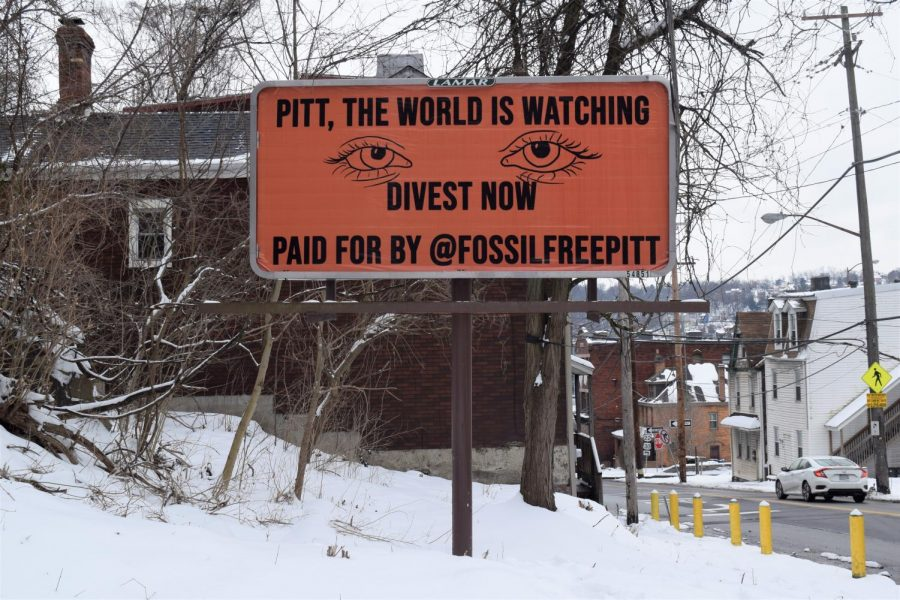 The Fossil Free Pitt Coalition unveiled a billboard Monday morning that it purchased near the intersection of Boulevard of the Allies and Bates Street in South Oakland.