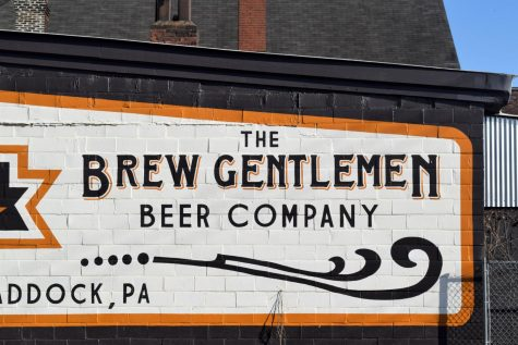 Brew Gentlemen is a craft brewery located in Braddock. Matt Katase and Asa Foster, both Carnegie Mellon University graduates, opened the brewery in 2014.