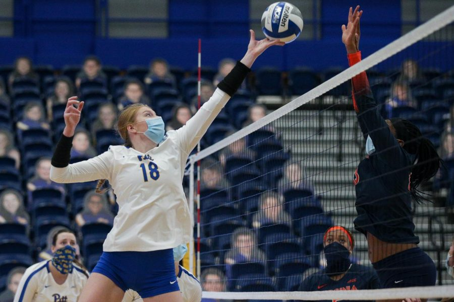 Junior outside hitter Jordan Lockwood (18) had a career-high eight kills during Pitt's 3-1 victory over Virginia on Saturday evening.