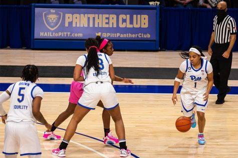 Sophomore guard Dayshanette Harris scored 14 points against North Carolina on Feb. 14. Pitt women's basketball ended its season with a 5-14 record.