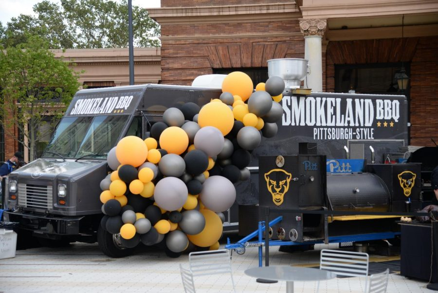 Pitts new Smokeland BBQ food truck at a launch event in front of the William Pitt Union on Friday afternoon.