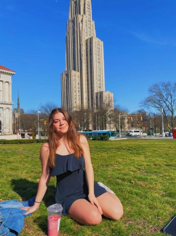 After the class of 2024 experienced their first year at Pitt virtually, many second-year students, like undecided sophomore Sara Saber, hope this semester can shine with a glimmer of normalcy.