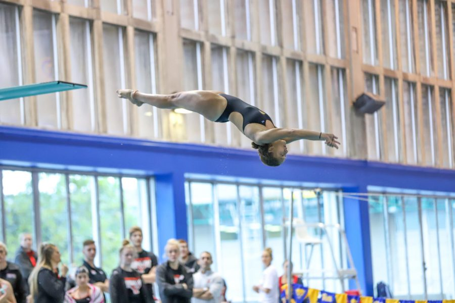 Pitt diving hosted Duquesne for its first meet of the season on Friday, and the women's team swept the podium for the one meter board.